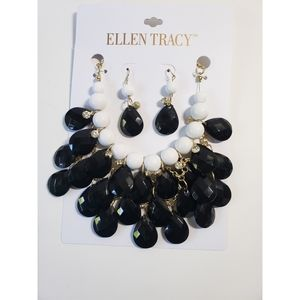 Nwt Ellen Tracy necklace and earrings
